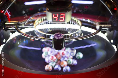 Foto op Aluminium Las Vegas Colourful lottery balls in a machine 43