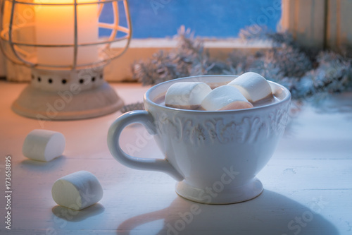 Canvas Chocolade Enjoy your homemade Christmas chocolate with marshmallows and candle