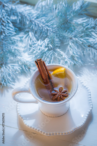 Papiers peints The Aromatic and sweet tea with orange and cinnamon for Christmas