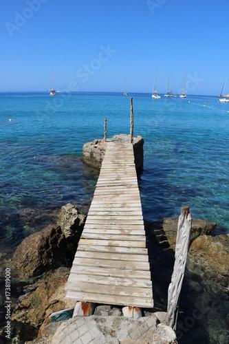 Plexiglas Pier Bella vista delle spiagge di Ibiza. Spagna