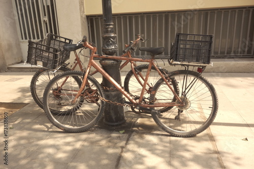 Spoed canvasdoek 2cm dik Fiets Old bikes in the street