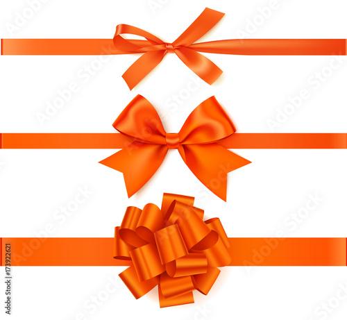 Zestaw piękny pomarańczowy łuk jesień z poziomy wstążka do dekoracji strony lub pakiet prezent.