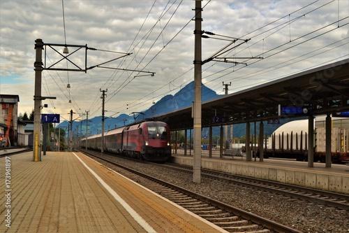 Fotobehang Spoorlijn Zug