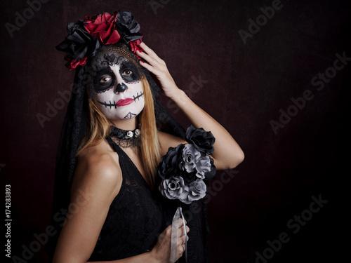 Mujer en halloween