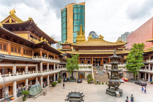 Foto op Canvas Shanghai Jingan Tempel in Shanghai