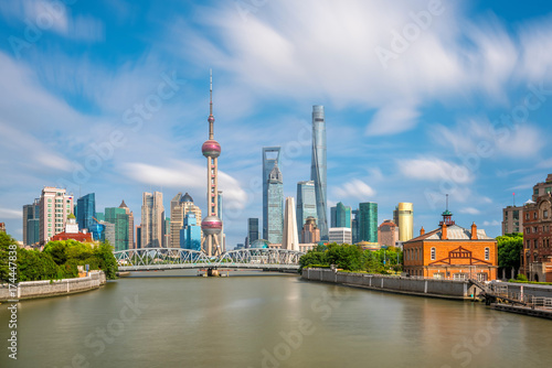Spoed canvasdoek 2cm dik Shanghai View of downtown Shanghai skyline