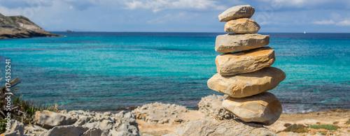 Panorama Gleichgewicht Steine - 174535241