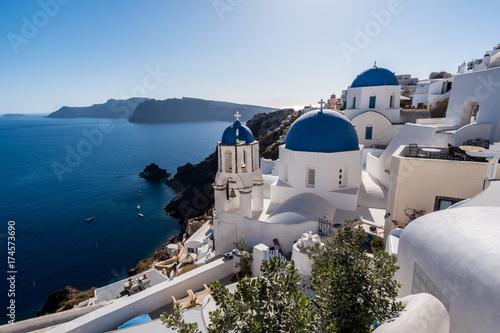 Foto op Aluminium Santorini Blue domed churches of Oia