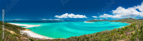 Foto op Canvas Nachtblauw Panoramic view of the amazing Whitehaven Beach in the Whitsunday Islands, Australia