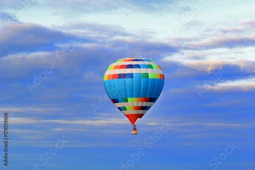 Воздушный шар - 174838606