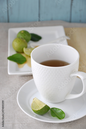 Papiers peints The Hot Tea with Honey and Lime