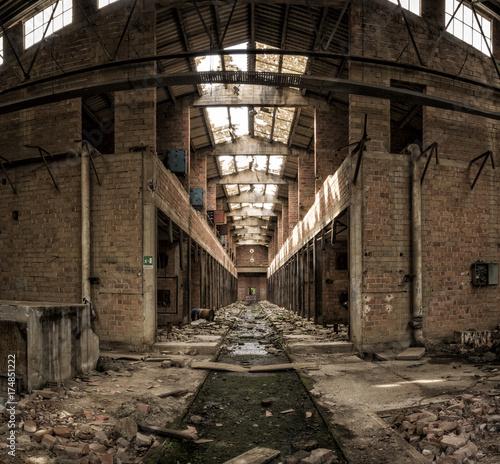 Fotobehang Gebouw in Puin Abandoned factory, central perspective