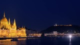 budapest pan timelapse at night from parliament to buda castle - 174861609