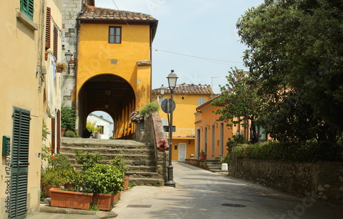 Deurstickers Toscane Serravalle Pistoiese a very small and old town in Tuscany