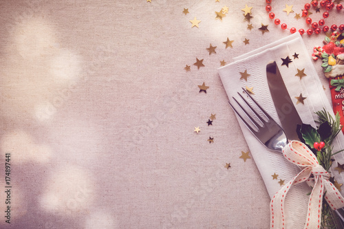 Christmas table place setting, holidays copy space background - 174897441