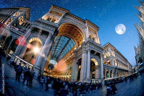 Keuken foto achterwand Milan Milan by night