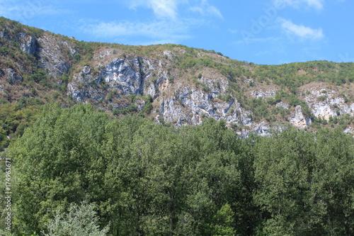 Tuinposter Khaki les jolies montagnes