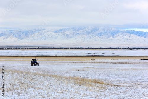 Fotobehang Trekker Countriside landscape, Altyn-Emel, Kazakhstan