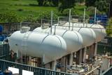gas tank - 175011682