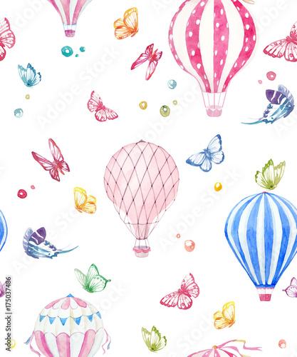 Watercolor air baloon vector pattern - 175037486