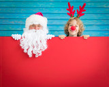 Santa Claus and reindeer child - 175057218