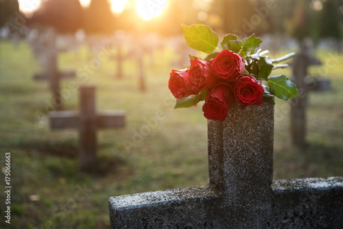 There are plenty of tombstones in the cemetery © Zsolnai Gergely