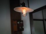 古い電球 - 175076098