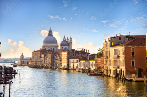 Spoed canvasdoek 2cm dik Venetie Grand Canal and Basilica Santa Maria della Salute early morning in Venice