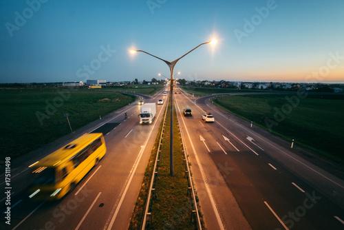 Poster Nacht snelweg Long-exposure sunset over a highway