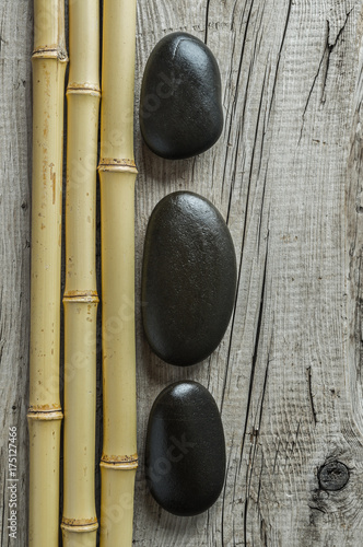 In de dag Spa Pebble stones and bamboo