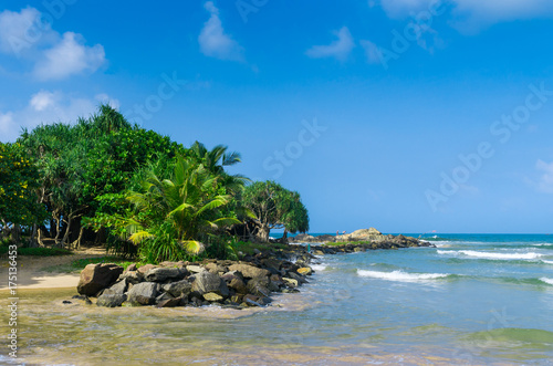 Tuinposter Tropical strand Tropical beach in Sri Lanka
