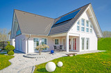 modernes Haus - 175171281