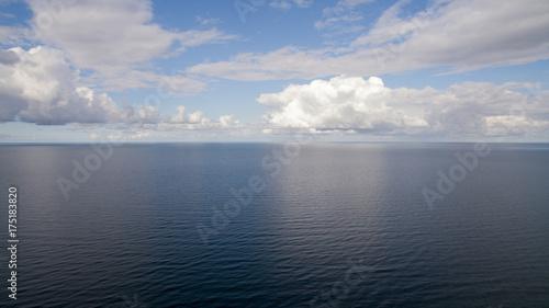 Fotobehang Noordzee Wolken über der Nordsee