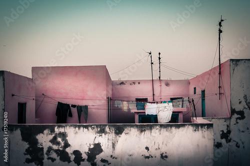 Spoed canvasdoek 2cm dik Marokko Wäsche auf dem Dach, Essaouira, Marokko