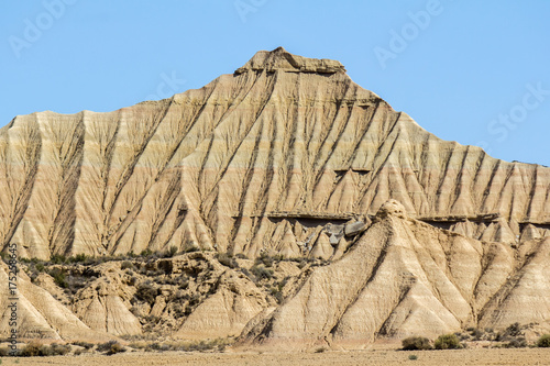 Deurstickers Blauwe hemel the desert of the Bardenas Reales in the Spanish province of Navarre