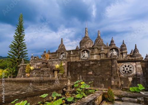 Spoed canvasdoek 2cm dik Bali Buddhist temple of Banjar - island Bali Indonesia