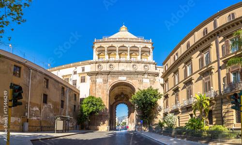 Staande foto Palermo The gate of Porto Nuovo in Palermo