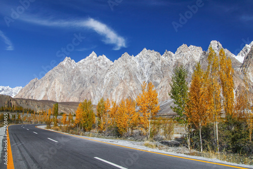 Foto op Canvas Cappuccino Kararoram Highway - Pakistan