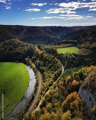 Blick vom Eichfelsen in das obere Donautal