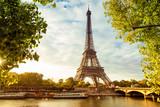 Paris - 175527240