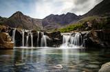 Fototapety Fairy Pool auf der Halbinsel Skye in Schottland