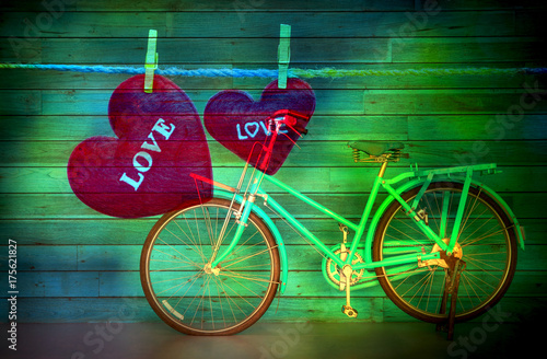 Spoed canvasdoek 2cm dik Fiets Love hearts nature background
