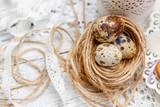 Easter decoration with small eggs - 175647699