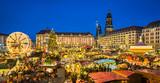 Weihnachtsmarkt in Dresden, Deutschland - 175666667