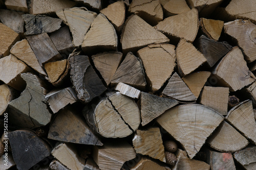 Tuinposter Brandhout textuur holz brennholz
