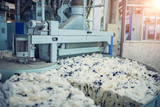 Wool spinning and mixing in textile mills - 175697810