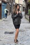 Jeune femme dans une vieille rue de Rouen - 175698274
