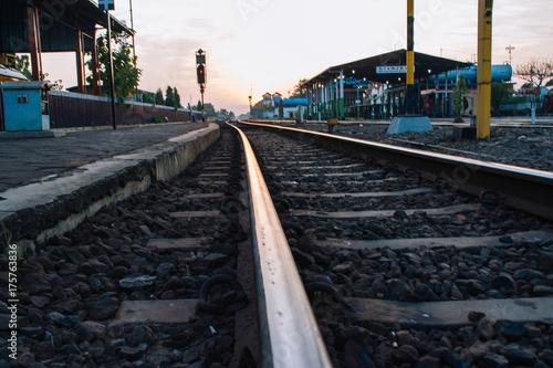 Fotobehang Spoorlijn Bahnhof