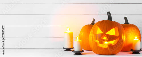Halloween pumpkin and candles - 175829607