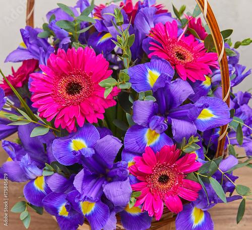 Fotobehang Iris nice flower bouquet